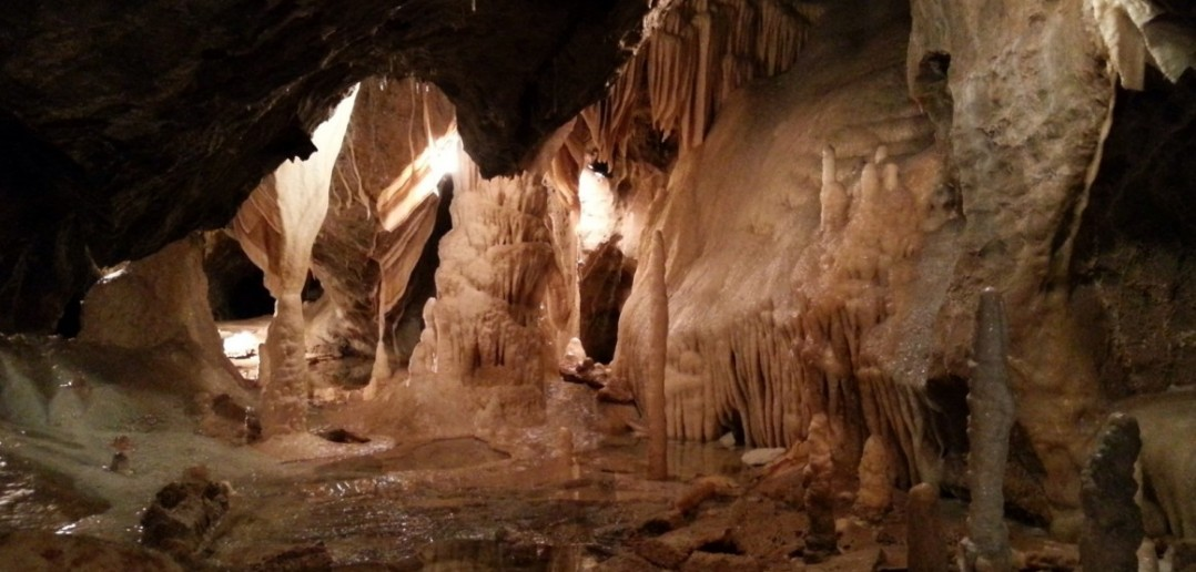 1. Für Familien: Die Tropfsteinhöhle entdecken