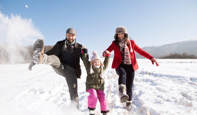 Die Auvergne im Schnee ist ein idealer Platz für einen Ausflug mit der Familie. (#2)