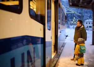Mit der Zugspitzbahn, einer Zahnradbahn, gelangt man von Garmisch-Partenkirchen aus auf die Zugspitze. (#5)