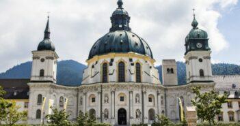 Kloster Ettal in Bayern: Ein unvergesslicher Familienurlaub im malerischen Oberammergau