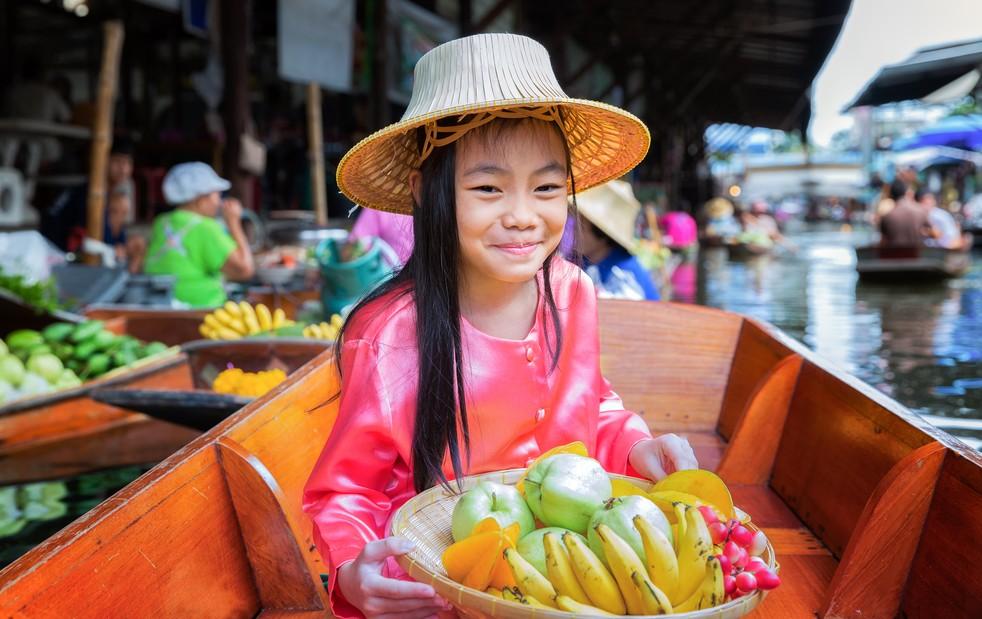 Ein ganz banaler Thailand-Tipp: lassen Sie sich und die Kleinen vom Charme der kinderfreundlichen Thais einfangen. In wohl keinem anderen Land dieser Erde sind Kinder so gerne gesehen, wie hier. (#3)