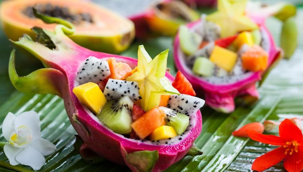 EIner der sehr wichtigen Thailand-Tipps: das Essen für Kinder kann zur Tortur werden, wenn man nicht bedenkt, dass die Kleinen mit der schärfe des Essens nur schwer zurecht kommen. Weicht man für die Sprösslinge auf Obst aus, bietet sich den Kindern zudem eine außergewöhnliche Farbenpracht dar. (#4)