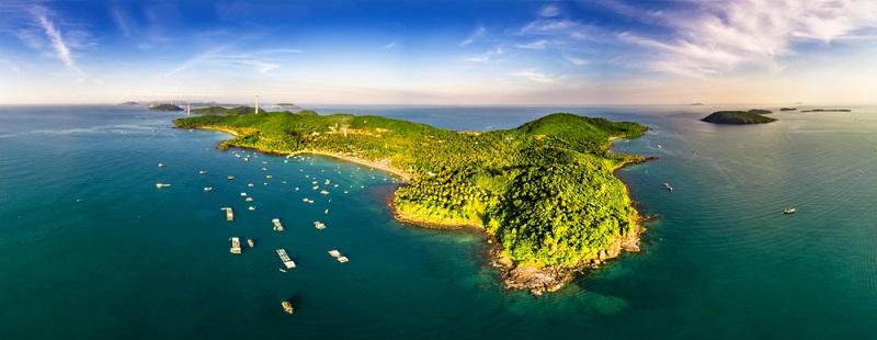 Die Reisetipps für den Süden Vietnams empfehlen, die Insel Phu Quoc in den Monaten von November bis Juli zu bereisen, dann herrscht hier die Trockenzeit.