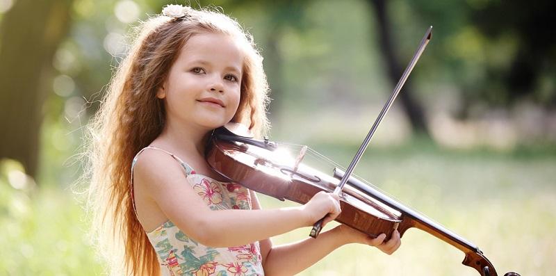 Bei diesen Veranstaltungen handelt es sich jeweils um spezielle Kinderkonzerte, die sich an ein junges Publikum richten.