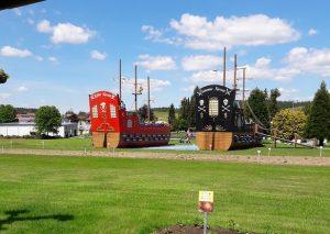 Piratenschiffe im Churpfalzpark: Für meinen Sohnemann das Beste am ganzen Park!