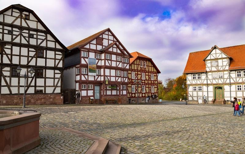 Im Hessenpark gibt es das sogenannte Freilichtmuseum. (#04)