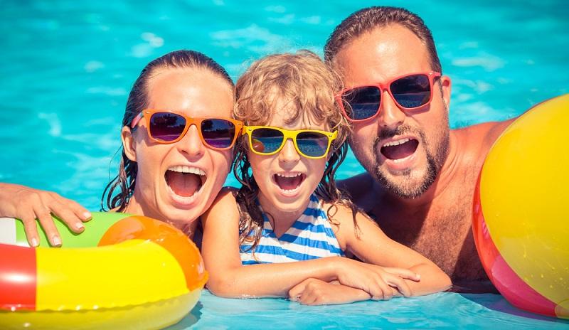 Hier wird Badevergnügen für die ganze Familie geboten. Spaß, Sport und Wellness inklusive.