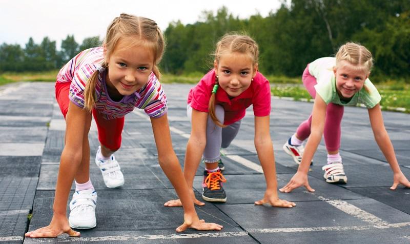 Ein Hobby sollte dem Kind Spaß und Freude bringen, seinen Fähigkeiten und Interessen entsprechen und es gleichzeitig herausfordern.