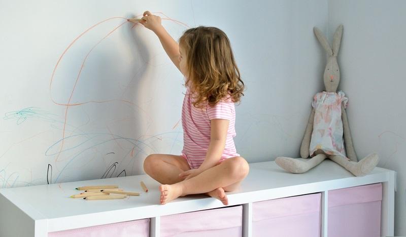 Vielleicht findet sich im Kinderzimmer oder im Flur noch ein Platz für ein großes Bild?