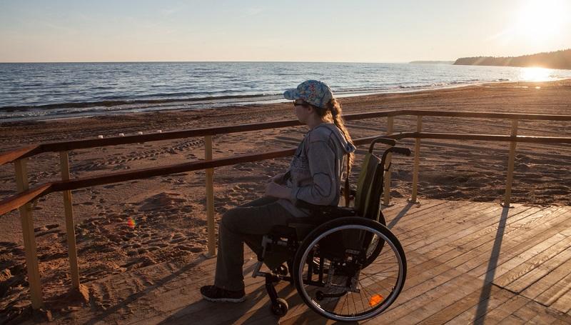 Da Sie im Urlaub etwas erleben wollen, sollten Sie nicht nur auf die barrierefreie Ferienwohnung schauen, sondern auch auf die Angaben zu möglichen Freizeitaktivitäten. (Foto: Shutterstock- Akimov Igor )