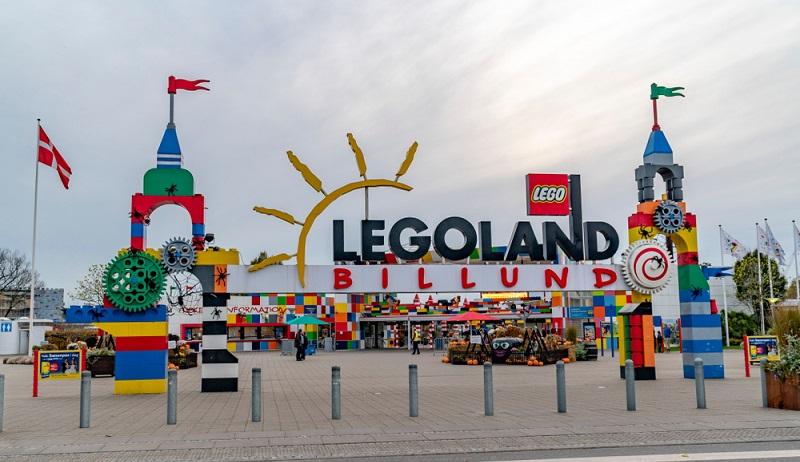Ferienhaus in Daenemark Ausflugsziel das Legoland  ( Foto: Shutterstock-_stockwars)