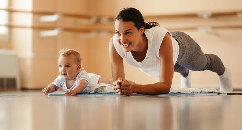 Dein perfekter Trainingspartner ist dein Kind!  ( Foto: Shutterstock-Drazen Zigic )